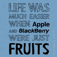 T-shirt Apple and BlackBerry